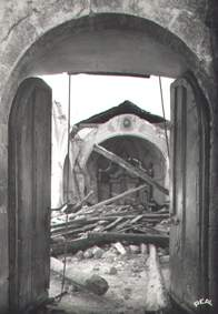 Carte postale de l'église démolie